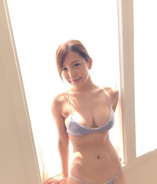 yuriko_tajima_j_photo_18.jpg