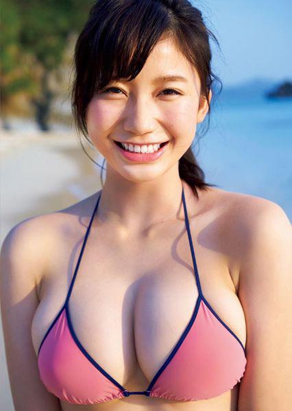 Yuka_Ogura_j_photo_1.jpg