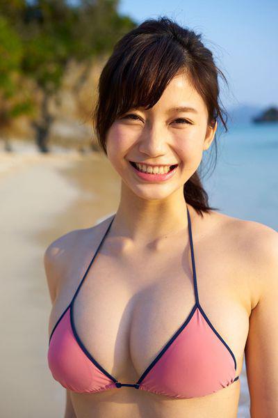 Yuka_Ogura_j_photo_3.jpg