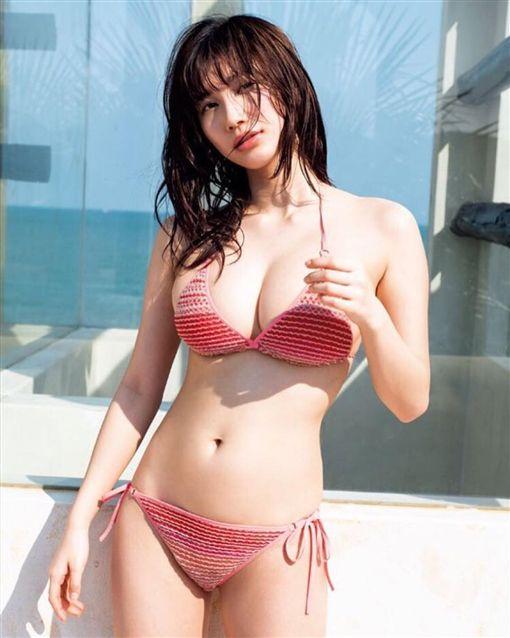 Yuka_Ogura_j_photo_7.jpg
