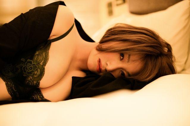 Rose_Ma_j_photo_3.jpg